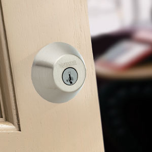 Single Cylinder deadbolt featuring SmartKey in Satin Nickel