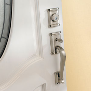 Ashfield handleset featuring SmartKey in satin nickel